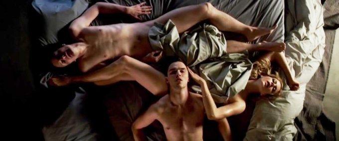 Постельные сцены без цензуры актеров онлайн